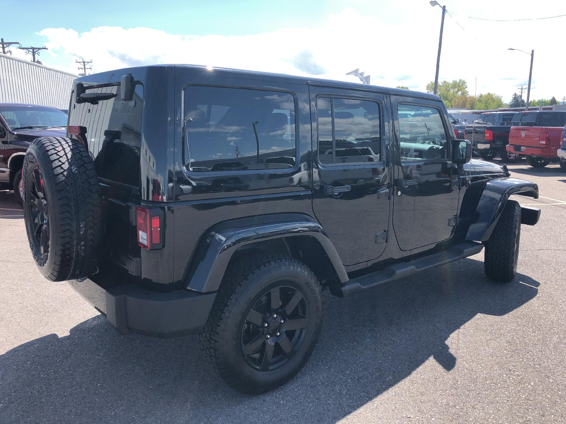 Certified Pre-Owned 2014 Jeep Wrangler Unlimited Altitude