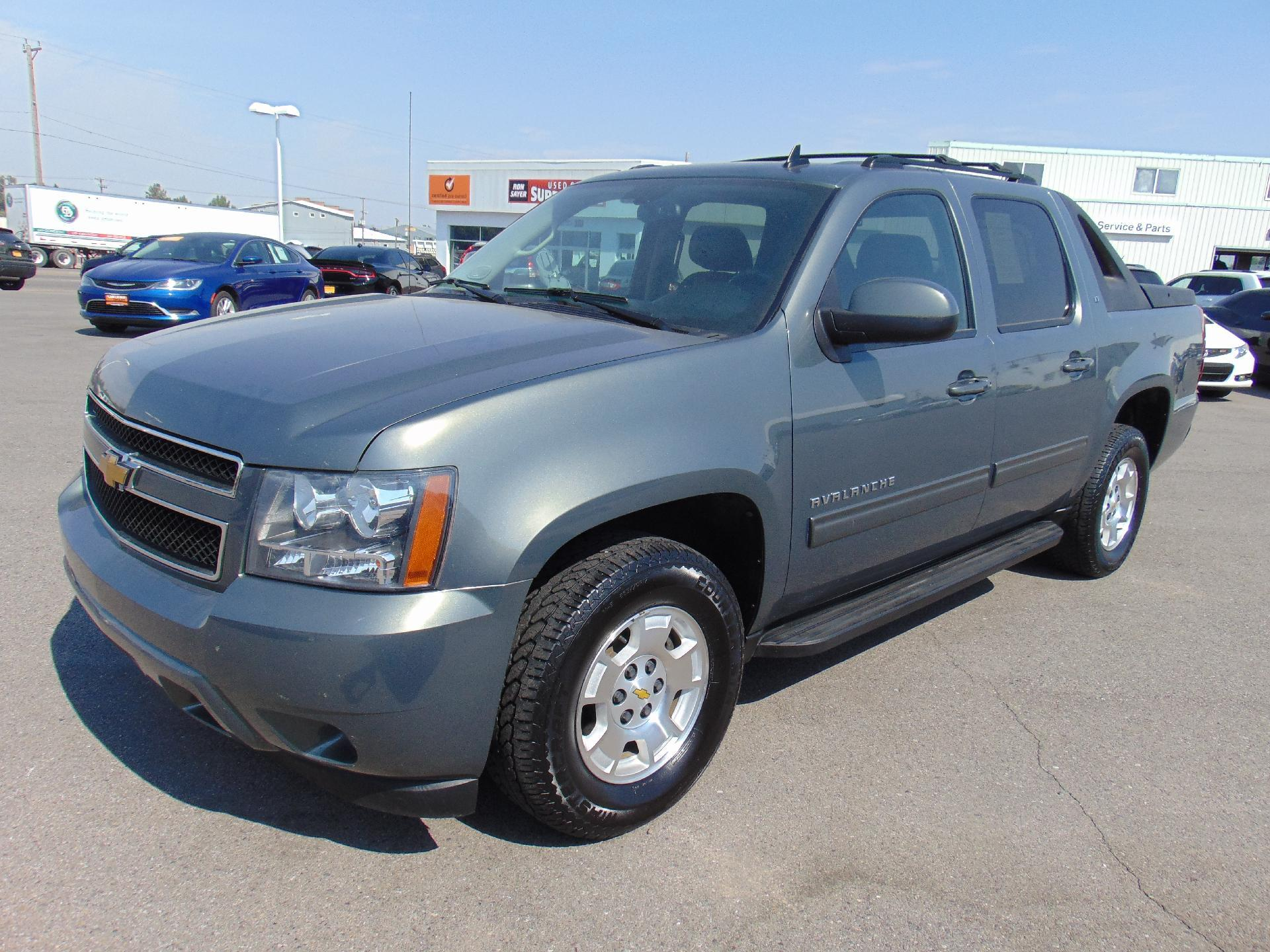 Pre-Owned 2011 Chevrolet Avalanche LT