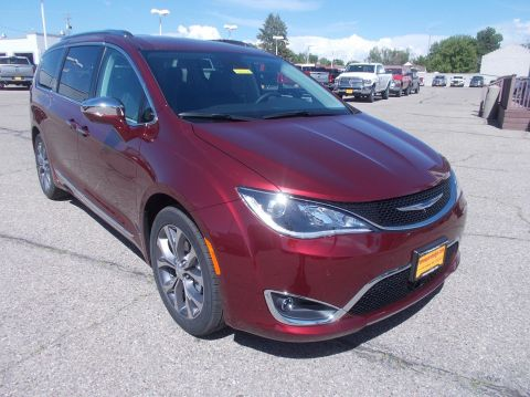 New 2018 CHRYSLER Pacifica Limited